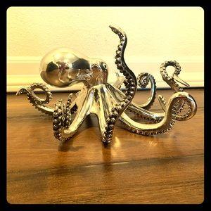 Silver octopus sculpture